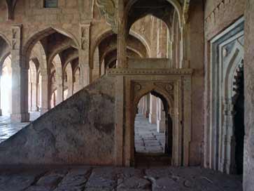 moskeebinnen.jpg